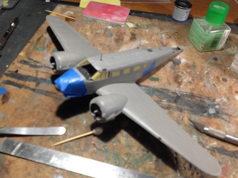 "Fil rouge 2019 : Beechcraft ""Expeditor"" ICM 1/48 *** Terminé en pg 2 Img_0523"
