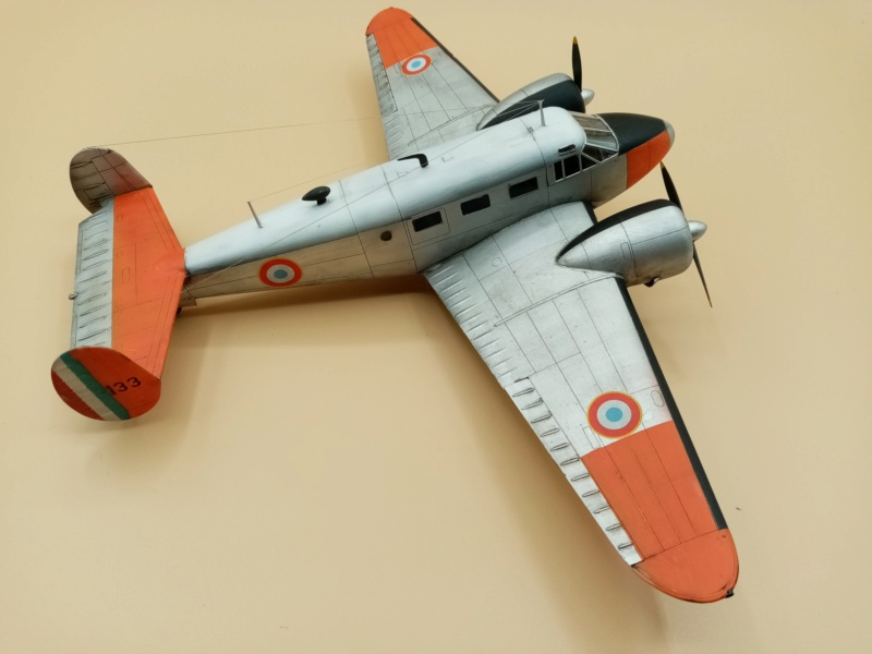 """Fil rouge 2019 : Beechcraft """"Expeditor"""" ICM 1/48 *** Terminé en pg 2 - Page 2 Img_2066"""