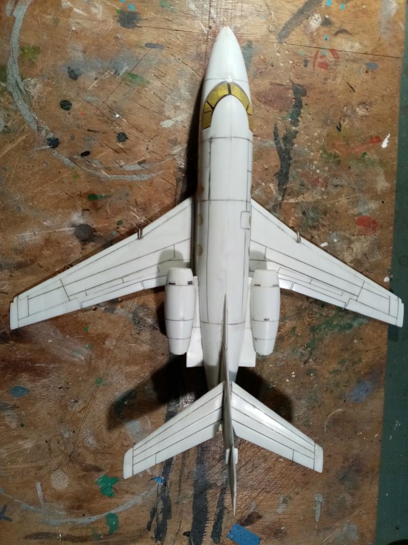 Dassault Falcon 10 - Revell -1/48 Img_2079