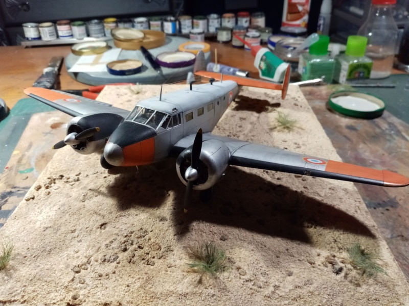 """Fil rouge 2019 : Beechcraft """"Expeditor"""" ICM 1/48 *** Terminé en pg 2 - Page 2 Img_2112"""