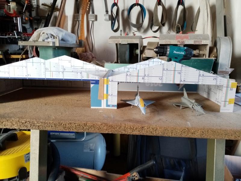Hangar avions échelle 1/72 Img_2194