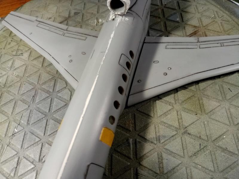 Dassault Falcon 50 Surmar [Amodel 1/72] Img_2223