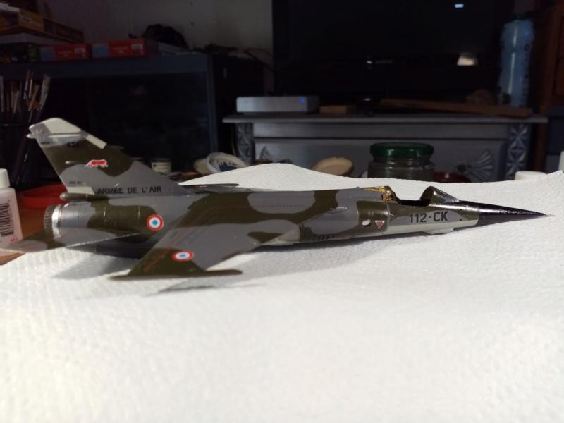 Les  Mirage F1 dans les ateliers Fouga - Page 3 Img_2337