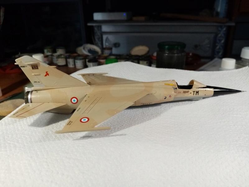 Les  Mirage F1 dans les ateliers Fouga - Page 3 Img_2338