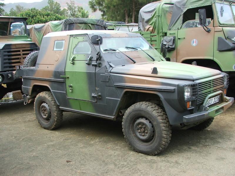 US Army 1/4 ton Armored Truck = Jeep Blindée ( Takom 1/35) P4_bil10
