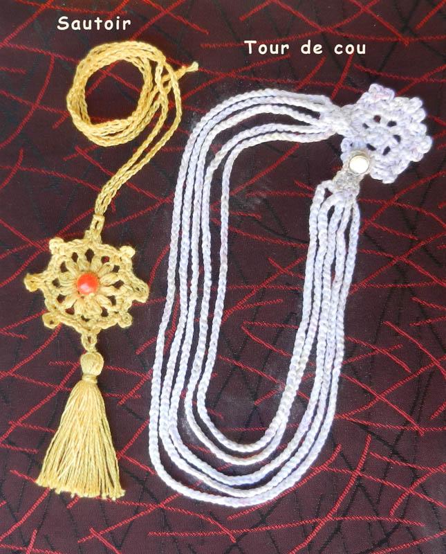 Des bracelets et des colliers 2020-135