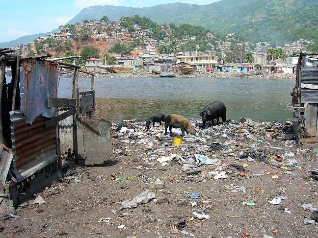 La «frontière» est-elle carrément fermée entre Haïtiens et Dominicains même au Q Waste_10
