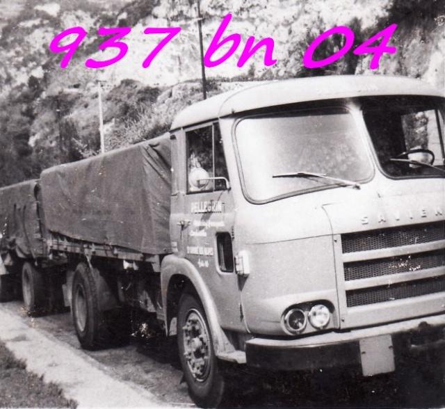 Des photos de camions bétaillères à moutons et d'autres photos de camions aussi conduit par Henry Elie . - Page 3 Img05011