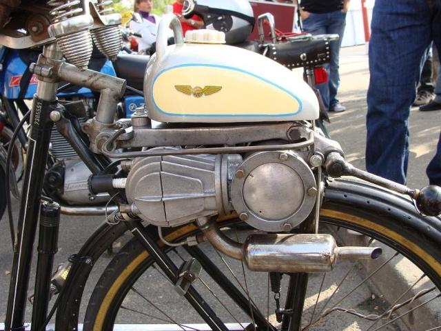 VI Concentración Motos Clásicas Barajas 2009 Dsc03016