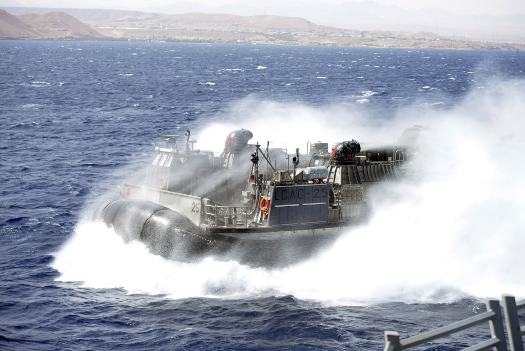 US Navy - Page 5 Gulf_o10
