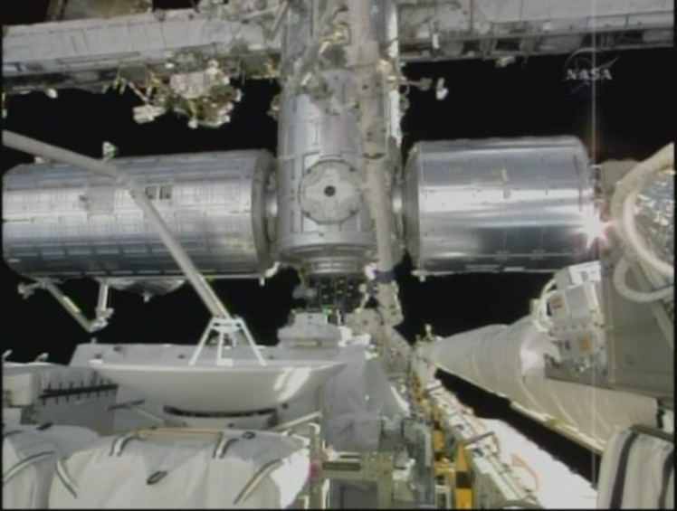 [STS-127: Endeavour] EVA 1 Iss10