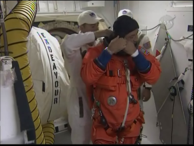 [STS-127: Endeavour] Lancement : tentative 6 (15/07 à 22h03 GMT) - Page 10 Prapar10