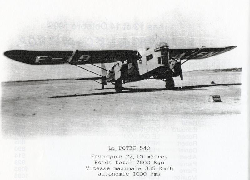 Nos paras du 1er RCP à FEZ avril-mai 1943 devant un bon vieux POTEZ Img08810