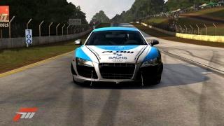 PLOW Motorsport - Pictures R8s411