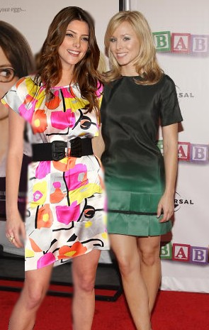 Ashley Greene & Kristen Bell Sans_t68