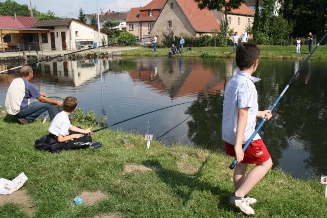 Pêche pour les enfants avec l'AAPPMA le 27 juin 2009 Img_2715