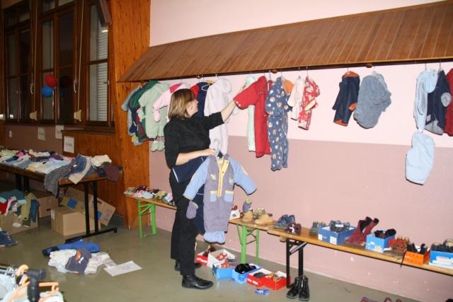Bourse aux vêtements enfants à Wangen organisée par l'ACSL Img_5715