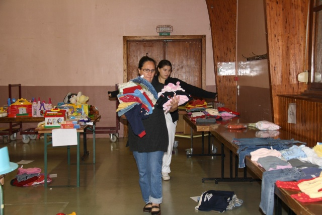 Bourse aux vêtements enfants à Wangen organisée par l'ACSL Img_5718