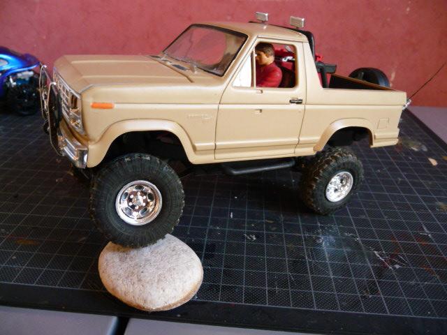 Scale 1/24 Super Slicks Monster Truck SSMT Bronco P1000510