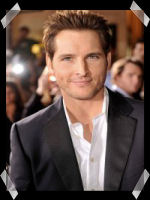 Biographie PETER FACINELLI Peter210