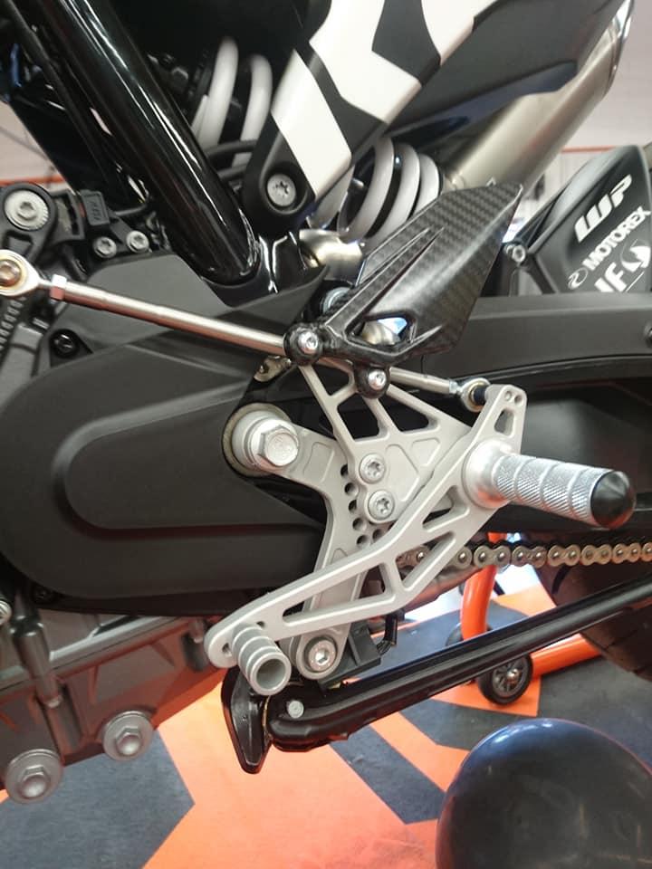 Les KTM 790 Duke du net! 44532010