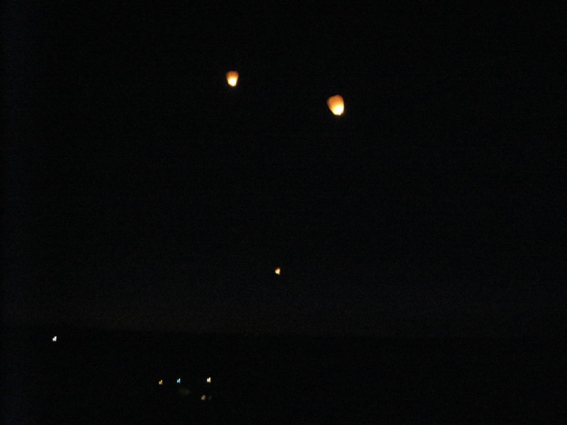 Ufofu / U&P - Test de Lanternes Thaïlandaise (Libre post au invité) 002311