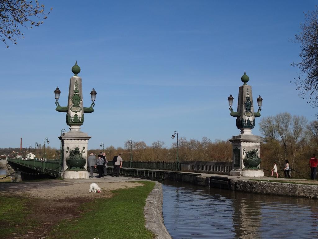 BALADE Chateaux de la Loire et Val de Loire 13-14 Avril 2013 - Page 4 Dsc00515