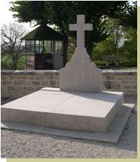 Biographie du Général CHARLES-de-GAULLE . La_tom10