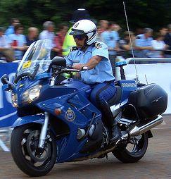 (N°06)La Gendarmerie Nationale Française . Motard12