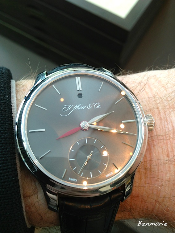 News : Moser Nomad-Dual Time Img_8528