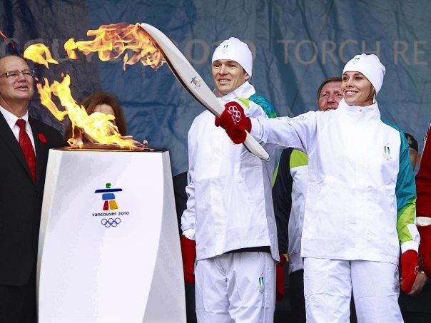 La flamme des Jeux Olympiques Vancouver 2010 prend son départ au Canada ! 16434_10