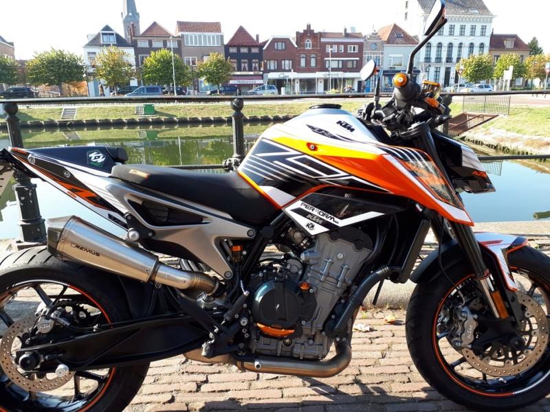 Les KTM 790 Duke du net! 44750510