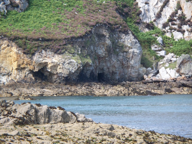Holy Island Caves 100_0616