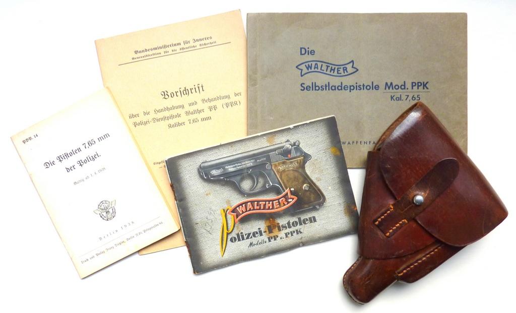Boites, manuels Walther PPK P1070530