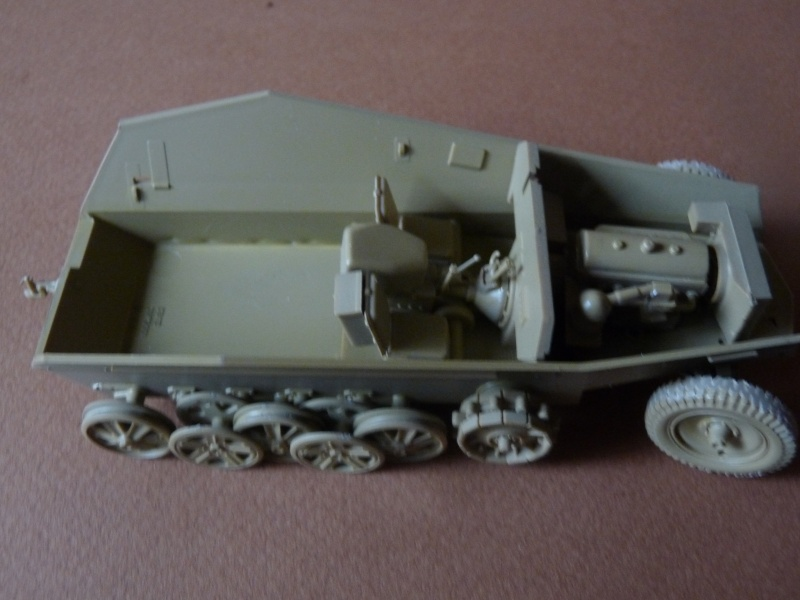 25 pdr FIELD GUN ARICAIN  ABANDONNE Chassi16