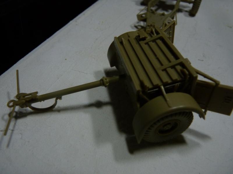 25 pdr FIELD GUN ARICAIN  ABANDONNE Remorq16