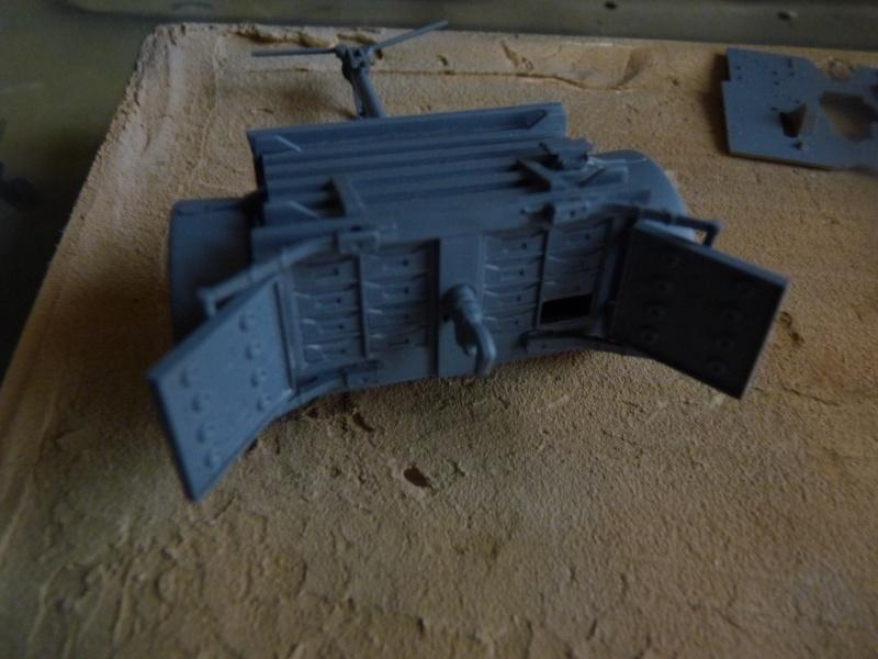 25 pdr FIELD GUN ARICAIN  ABANDONNE Remorq21