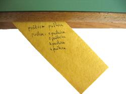 Puskica ispod stola Sto_410