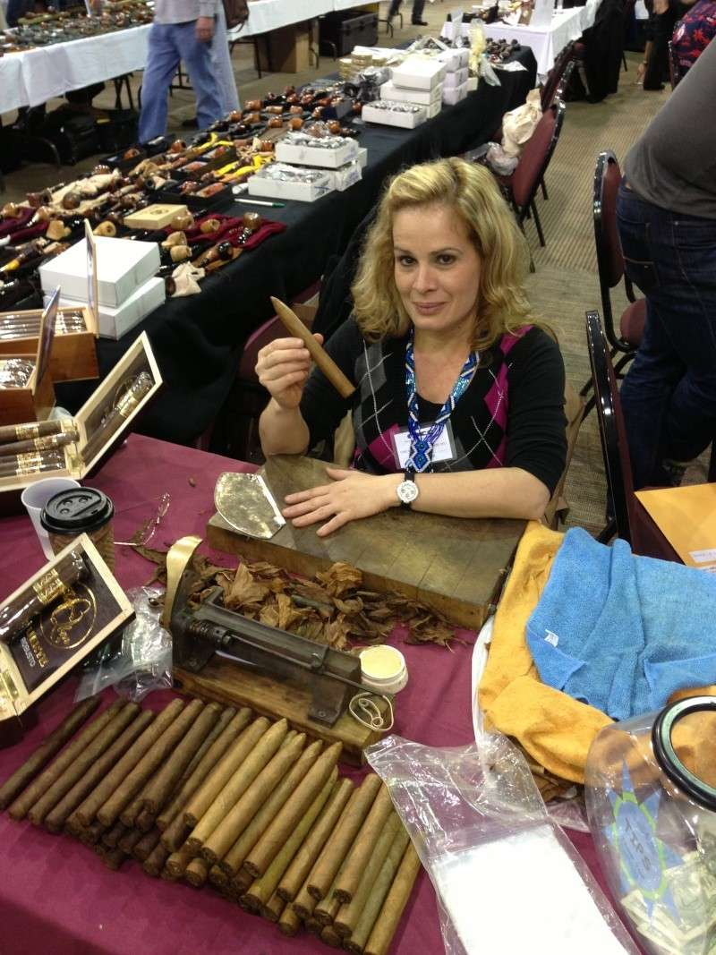 2013 Chicago Pipe Show - Page 3 00710