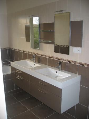 Achat appartement - tout à faire ! (post salle de bain) B66b4010