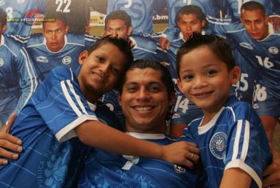 Rumbo a La Copa Mundo 2010: El Salvador 1 Costa Rica 0 Rudisc10