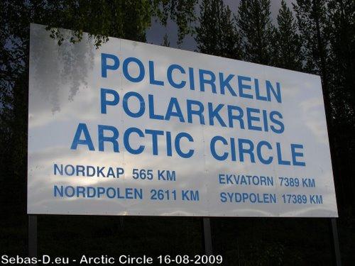 Monument cercle polaire Salekhard Russie 27236111