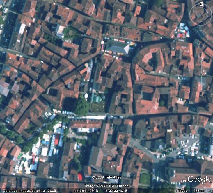 Marchés et Brocantes sur Google Earth - Page 7 March106