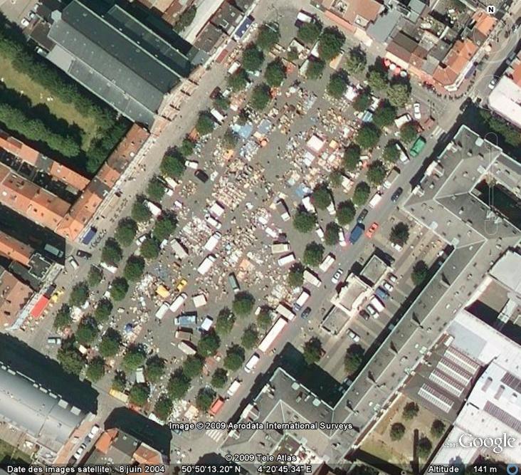 Marchés et Brocantes sur Google Earth Maroll10