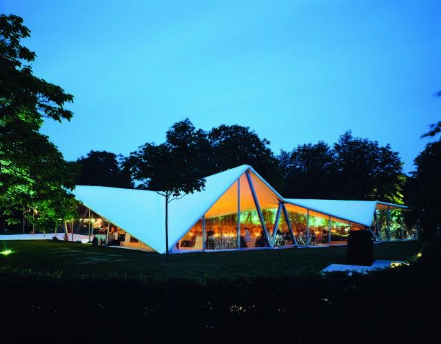 Evolution des pavillons d'été de la Serpentine Gallery à Londres - Royaume-Uni Va_ser10