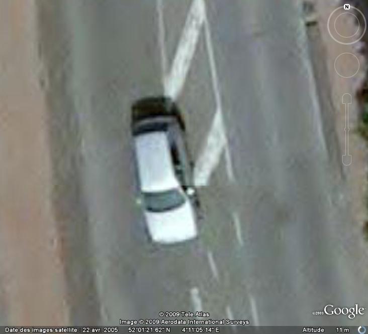Attention , les dangers de la routes sont de sortie ! Voitur15