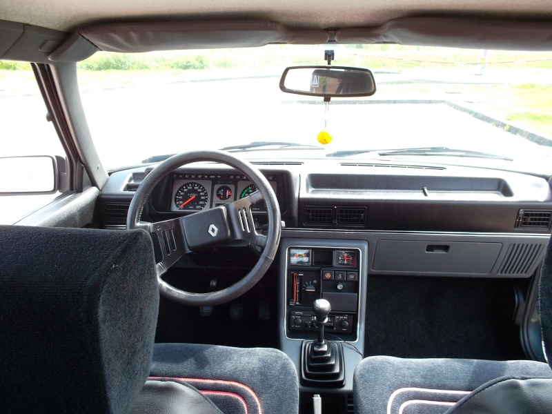 Renault 9 GTS 25 250 km Sam_1645