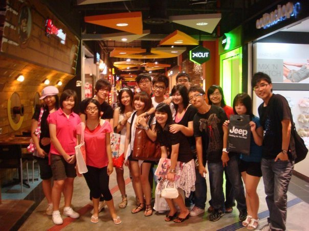 Alvin Chong Fan Club Group Photo! 6493_210