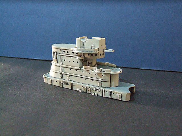 Regia Marina Italian Heavy Cruiser 'Pola' Dscf3612
