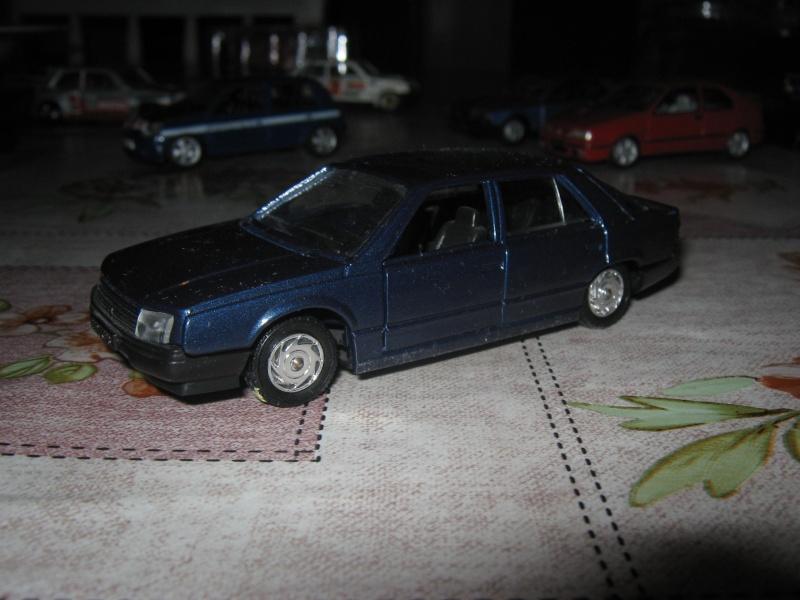 Miniatures R9-R11 et autres modèles Img_0611